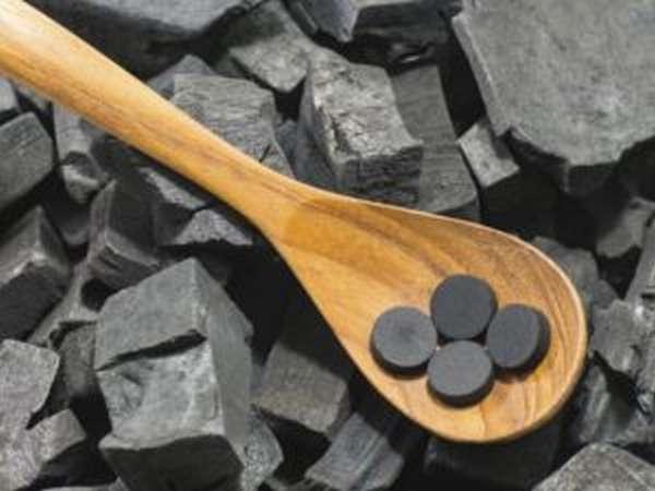 Чем полезен активированный уголь, инструкция по применению