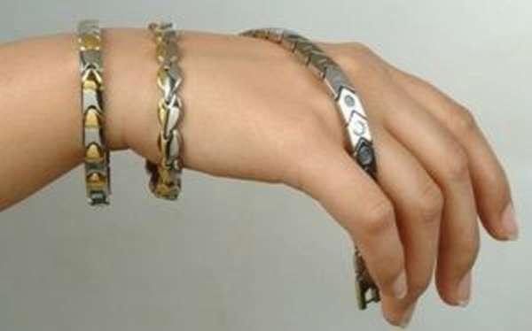 Магнитный браслет на руку: польза и вред, реальные отзывы