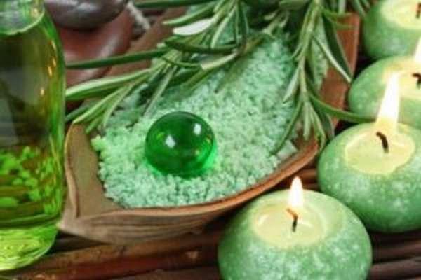 Солевые ванны: польза и вред, как делать