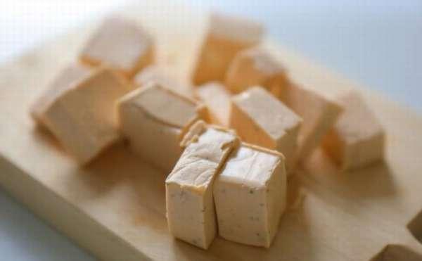 Полезен ли плавленый сыр