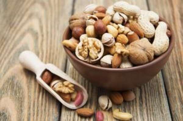 Орехи: полезные и лечебные свойства, противопоказания