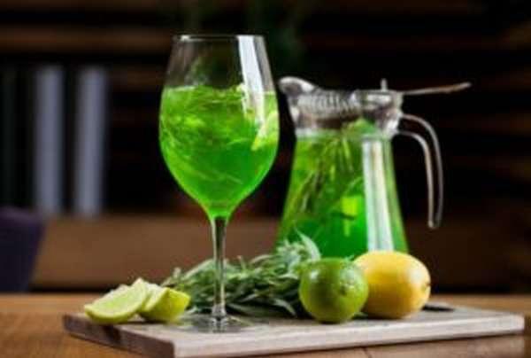 Трава тархун (эстрагон): польза и вред, фото, рецепт напитка
