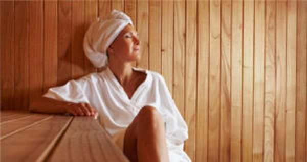 Чем полезна сауна, правила посещения и противопоказания