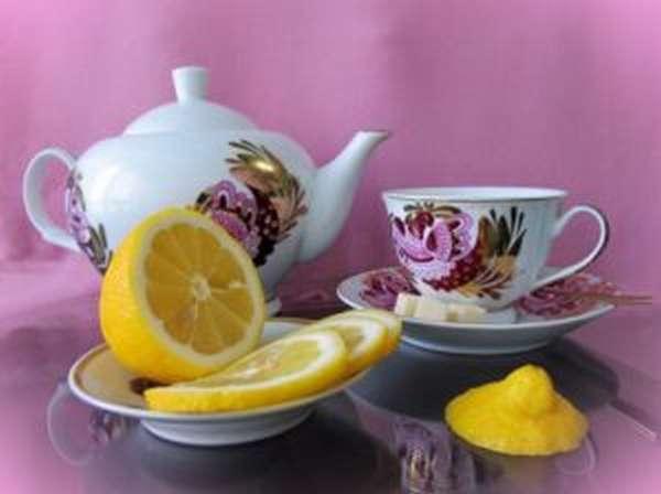 Чем полезен чай с лимоном и как его заваривать
