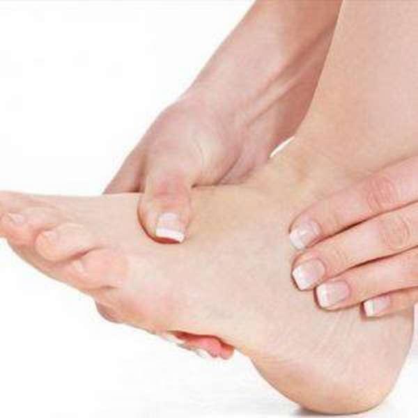 Отек ноги ниже колена в щиколотке