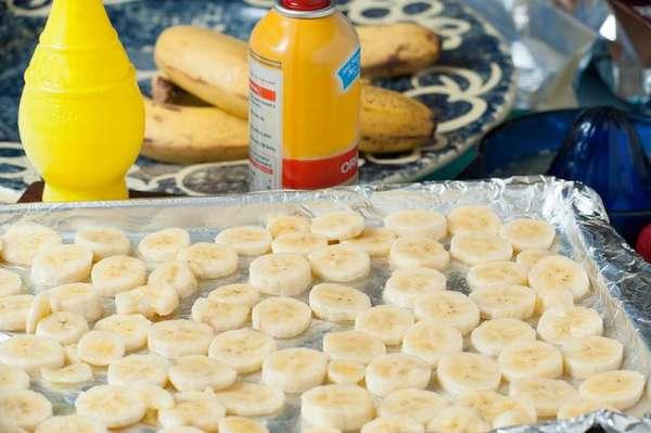 Польза и вред банановых чипсов, калорийность