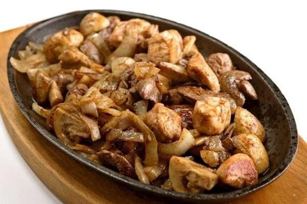 Чем полезна куриная печень и как ее приготовить