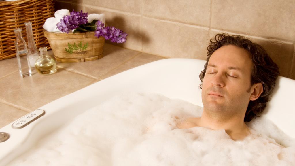 Прикольные картинки с мужчинами в ванне, открытки артистами